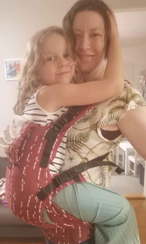 6-årig i ISARA The One bæresele
